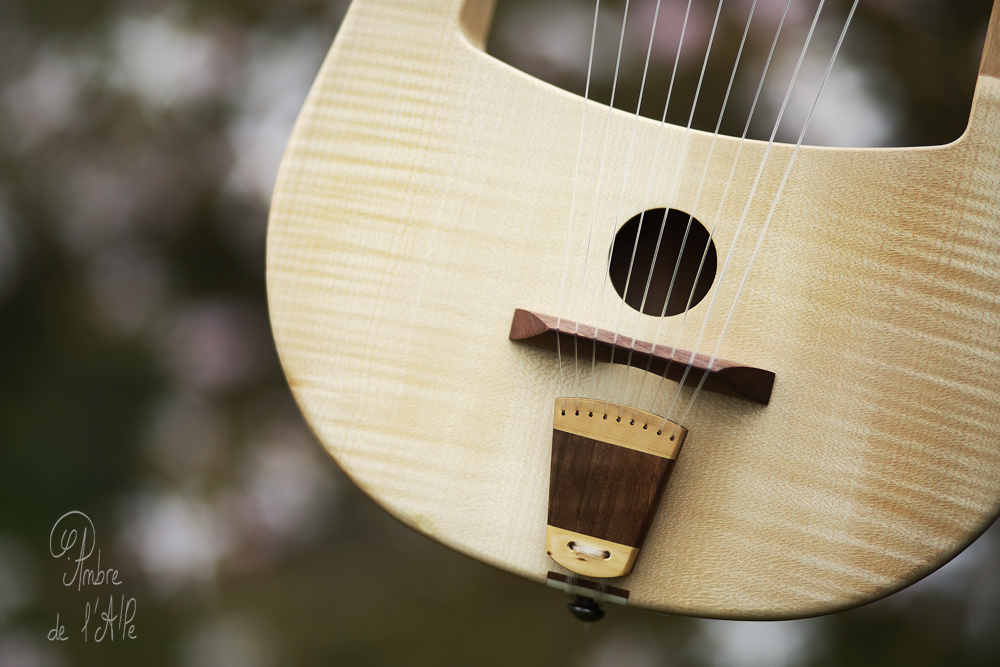 Lira Galica Lyre Gauloise Lyre Celtic Gaulish Music Atelier Skald